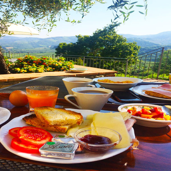 II cassello country house tuscany breakfast
