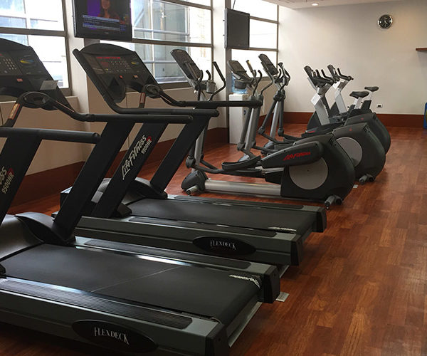 Holiday Inn Hotel Santiago Airport Terminal Gym